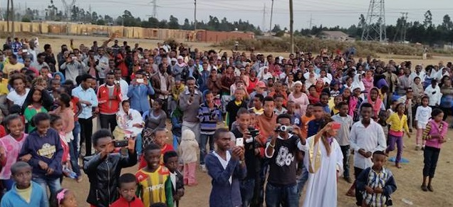 Open-Air Preaching to 700 People